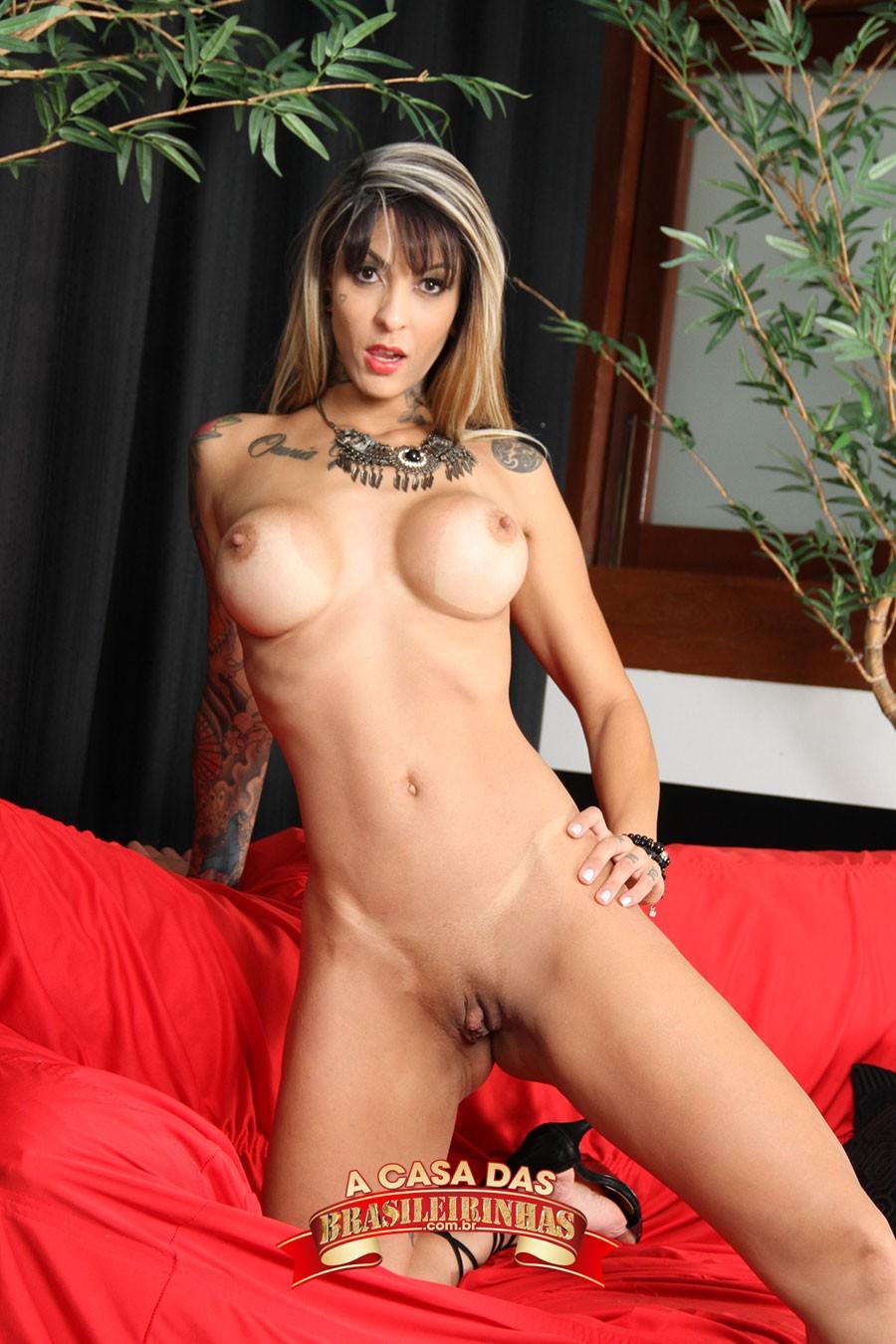 atriz-porno-brasileira-Barbara-Inked.jpg