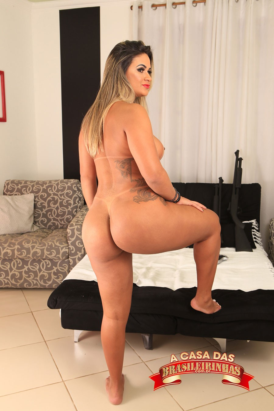 atriz-pono-brasileira-peladinha.jpg
