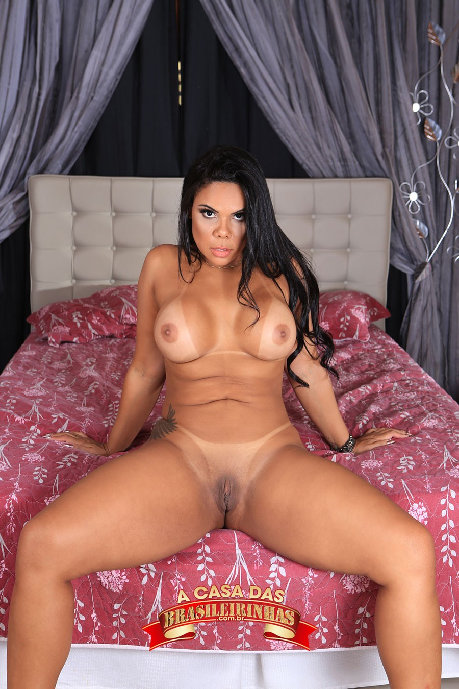 Pamela-Santos-peituda.jpg