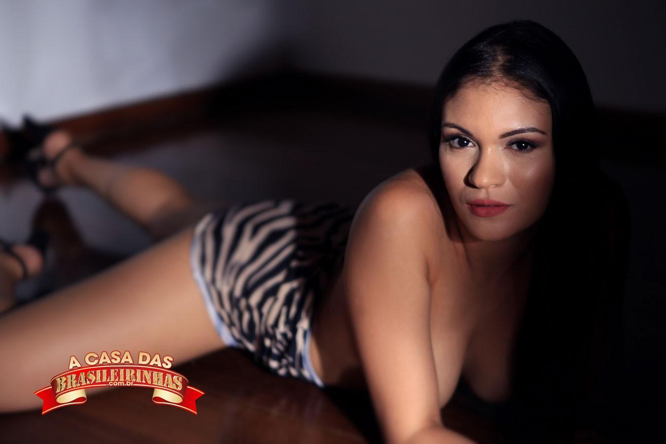 atriz-porno-brasileira-Taynar-Torres.jpg