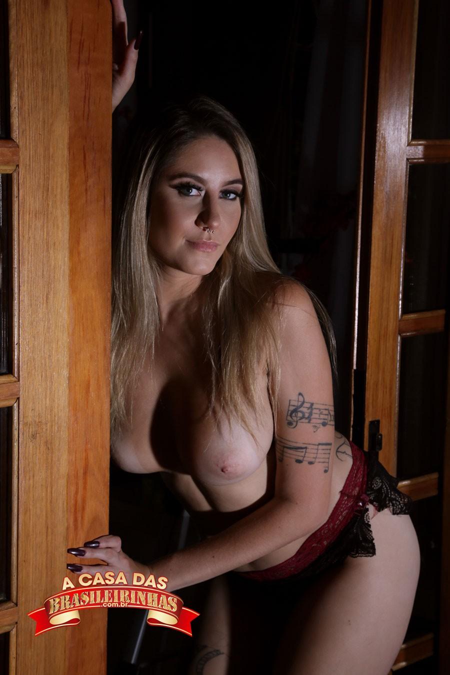 atriz-pornô-novata-Paola-Bitencourt.jpg