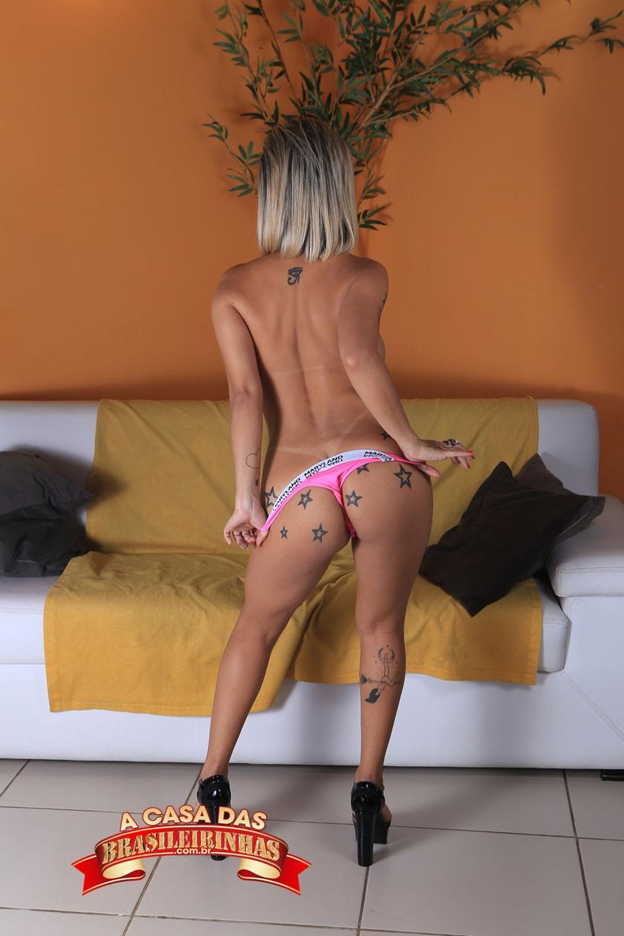 Izabela-Pimenta-de-costas.jpg