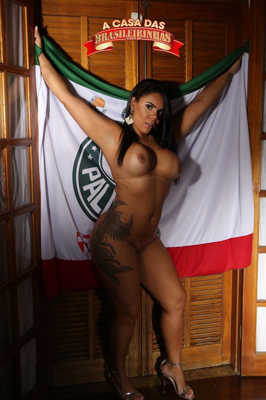 morena-rabuda-comemorando-Palmeiras.jpg