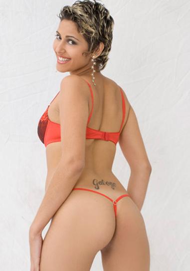 Brasileirinha Aretha Balardim
