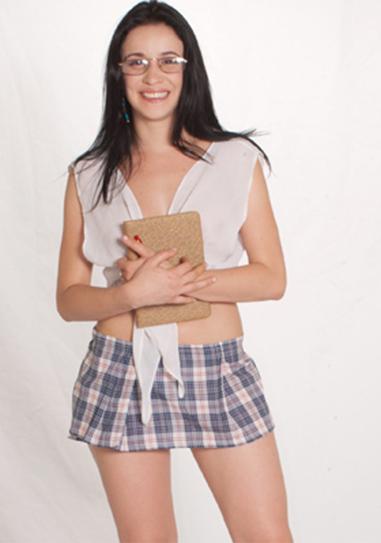 Brasileirinha Carol Flores