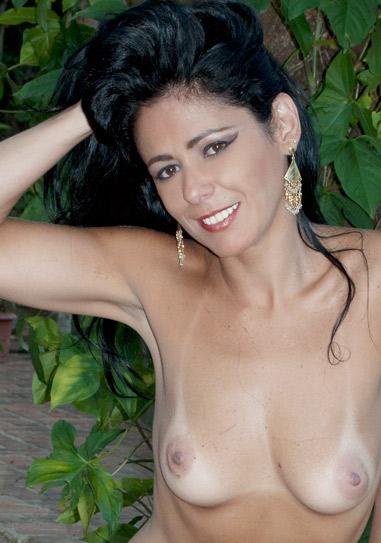 Brasileirinha Fernanda Soares
