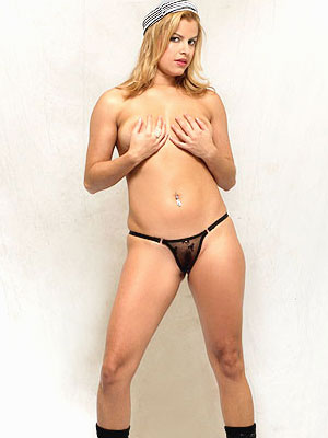 Brasileirinha Larissa Prado