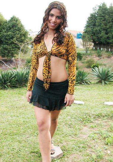 Brasileirinha Paola Salles